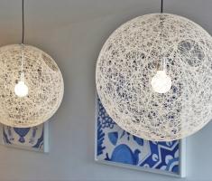 Wand met verlichting
