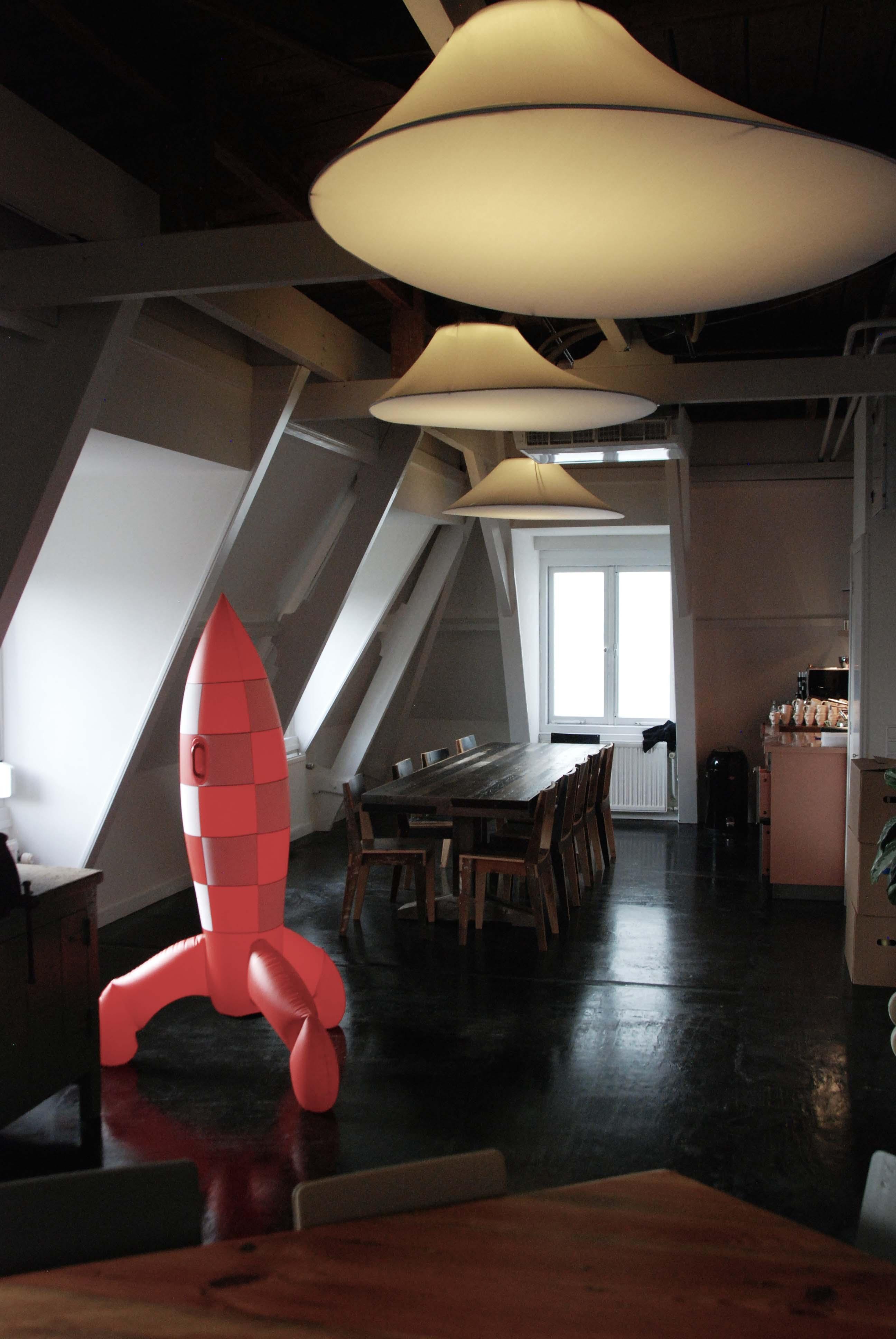 """de zolder is door Piet Hein eek ontworpen en omvat het """"game lab"""""""