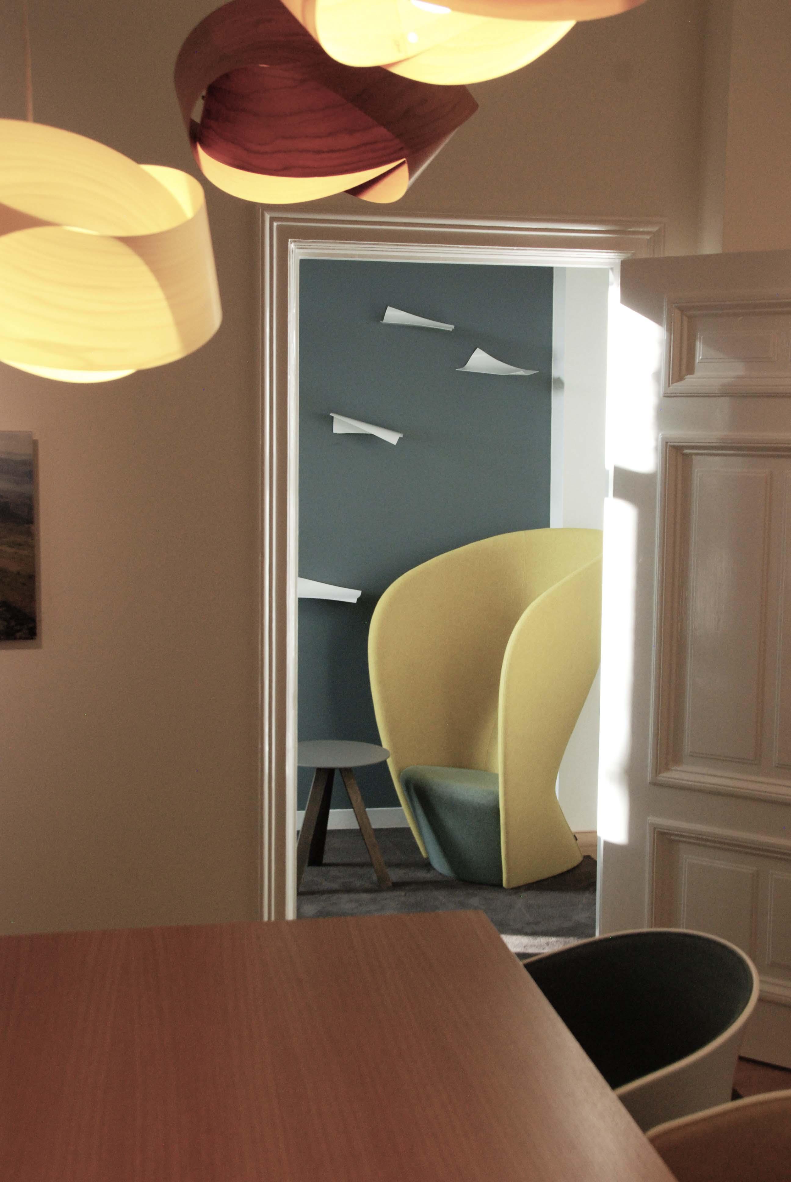 yellow office bewerkt 2